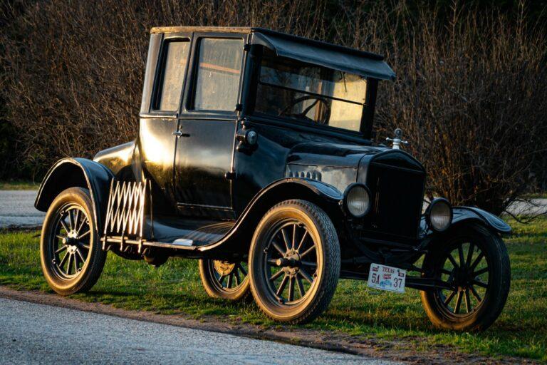 Model t car made from hemp fibres
